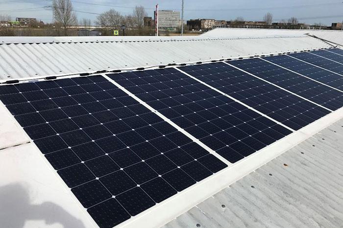 荷兰柔性组件屋顶项目